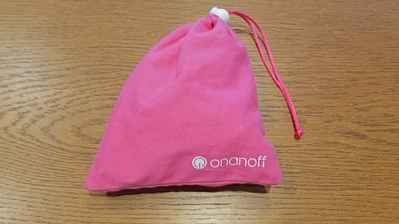 pink headphones bag