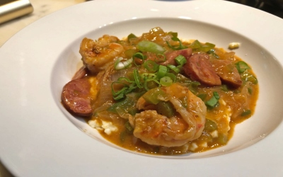 plate of shrimp and grits