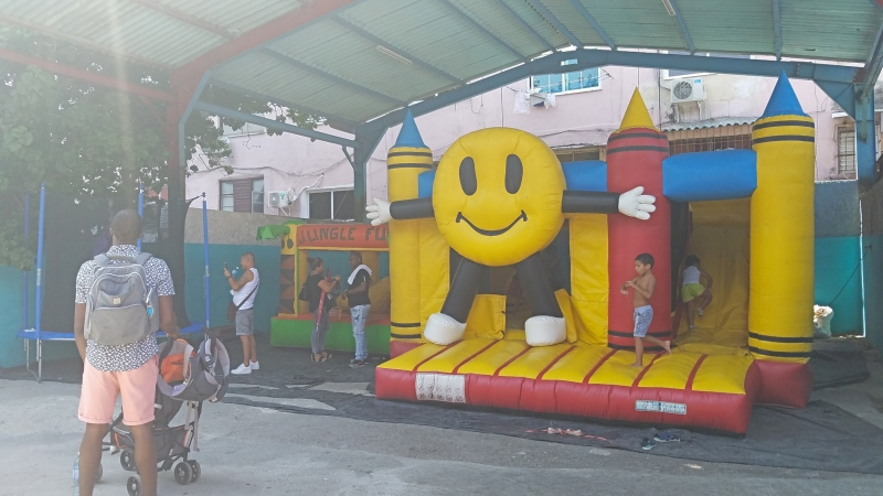 bounce house with kids playing