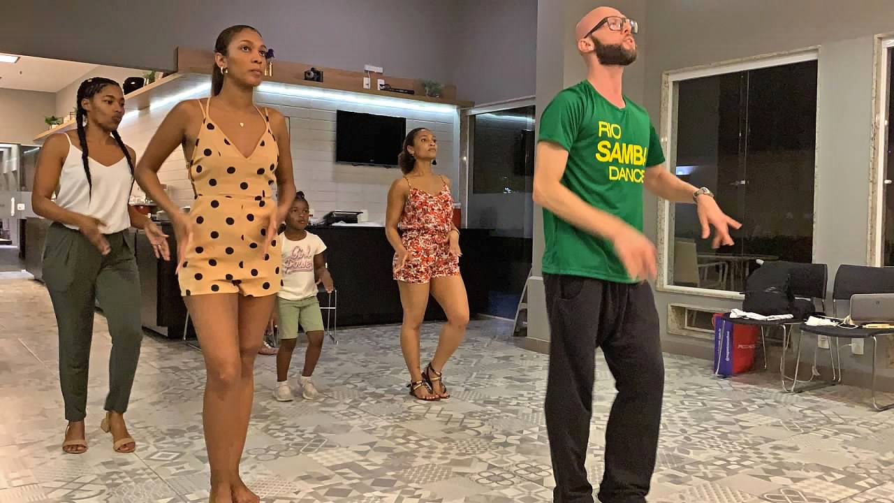Rio de Janeiro Itinerary Rio Samba Dancer