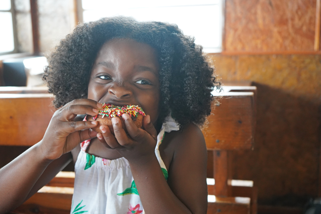 Things to Do in Panama City Beach with Kids Eat Donuts