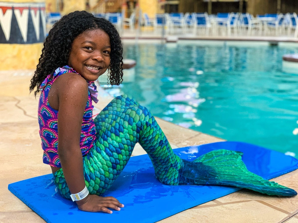 Little girl who turned into a mermaid at a waterpark